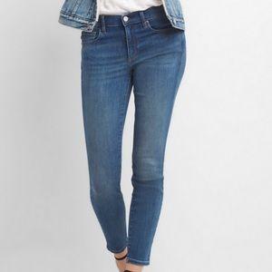 🆕 GAP Mid rise True skinny jeans